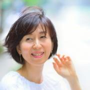 中尾亜由美さんのプロフィール