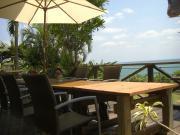沖縄・宜野座の貸別荘・海のそばのペンション