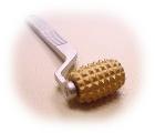 コロコロのはなし〜ローラー針の鍼灸治療