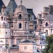 ヨーロッパの城に住みたいんだってさ!