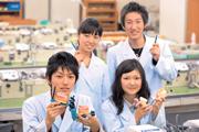 目指せ歯科技工士! 新東京歯科技工士学校です