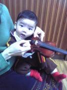ヴァイオリン練習中の子育てママブログ