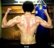 35歳から54歳の痩せ型男性がマッチョになる筋トレ方法