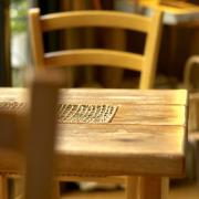 小さな松のカフェ