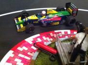 シケインショートカット -F1とミニカー-