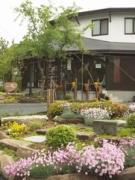 笠間焼ギャラリー「舞台」の花みち