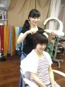 髪にやさしい「ツヤ」「ハリ」「コシ」香草カラー
