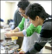男だけの料理教室 『メンズ・キッチン』