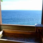 5箇所の源泉かけ流し無料貸切露天風呂。星ホテル