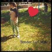 Tender,Girl,Mint