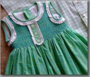 スペインのスモッキング刺繍「Princesita」