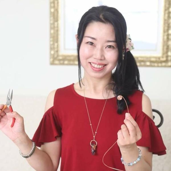 勾玉オルゴナイト工房デザイナー&クリエイター 千葉由紀子さんのプロフィール