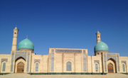 中央アジアの都会にて