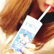 happy happy . ○
