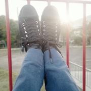 靴を履いて、どこかに