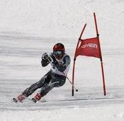 ホワイトヒーロー関西スキークラブ