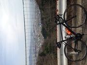 ロードで自転車