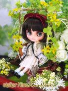 Display production atelier for dolls Sunflower