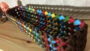 紙ばんどで石畳編みのかごを編んでます