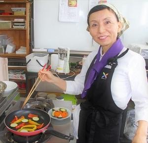 あなたを強く美しくする健康法【食美育】・女性のための50歳からの健康法