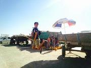 バレーボーラー、ウズベキスタンで舞う。