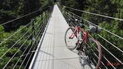 晴れた休日は自転車に乗って! (akio)