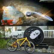 安芸もみじ/神社と電車と自転車と