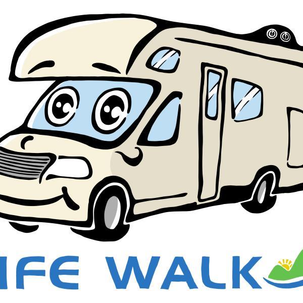岡山市のキャンピングカー専門店 LIFE WALK