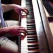 楽譜も読めない初心者だけどピアノが弾きたい!
