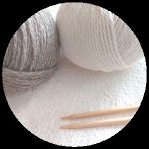 とことこ、編み物