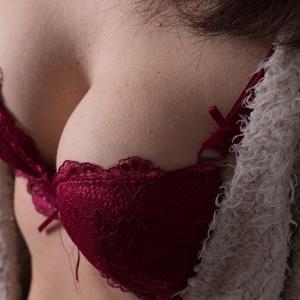 垂れた乳首をどうにかしたい!乳頭縮小術の体験談ブログ