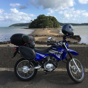 バイクで離島をまわる旅