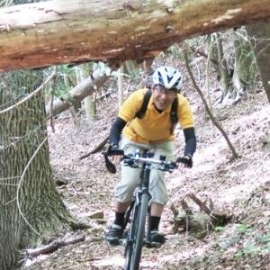 地図と坂と自転車と