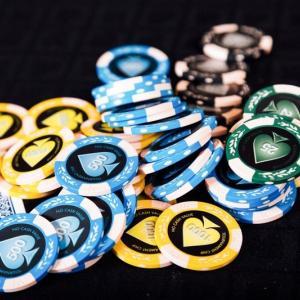 オンラインカジノで無理なく毎月10万円稼ぐ方法