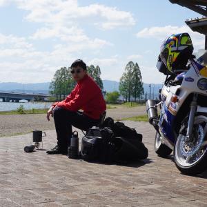 離婚して仕事を辞めてバイクで世界1周