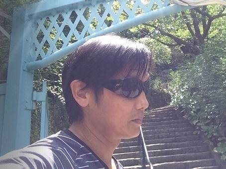 副業YouTuber桜井さんのプロフィール