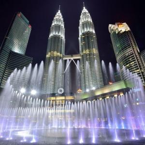 マレーシアに滞在中中学生