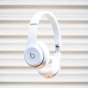 Apple発Bluetoothヘッドホン【Beats Solo3】のメリットとデメリット。