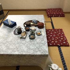 増富ラジウム温泉三英荘に一人宿泊(ご飯)