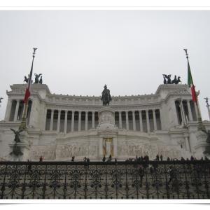ローマ一人旅⑦ ヴィットリオ・エマヌエーレ2世記念堂が壮大だった