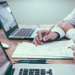 管理職中途採用で転職する責任の重さと企業が転職エージェントに求める人材