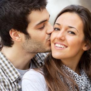 恋人に甘えるのが難しい…と思った時、実践したい行動