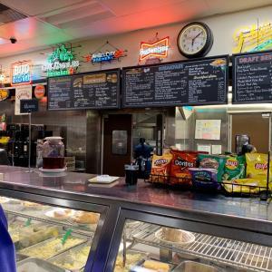 ロサンゼルスの有名な老舗レストラン「Philippe's」
