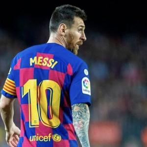 【海外の反応】メッシがバルセロナを退団報道「移籍先はヴィッセル神戸か?」