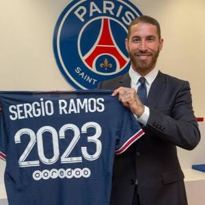 【海外の反応】PSGがセルヒオ・ラモスの獲得を発表「後はメッシとロナウドで完成だな…」