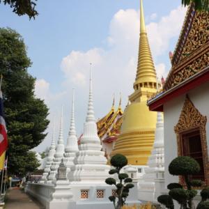 ワットセーナーサナラーム(วัดเสนาสนารามราชวรวิหาร・Wat Senasanaram)/ アユタヤ王朝滅亡から、長い期間放棄された後、現チャクリー王朝によって再興された仏教寺院