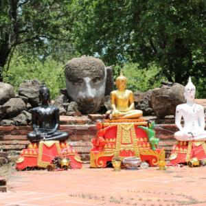 ワットコークプラヤーラーム(วัดโคกพระยาราม・Wat Khok Phrayaram)/ タイで最も有名な女性「シースリヨータイ王妃」が参戦したビルマとの戦に縁のある仏教寺院遺跡