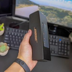 やっぱり最高。デスクがカフェに。BOSEのポータブルスピーカー「SoundLink Mini Ⅱ」レビュー