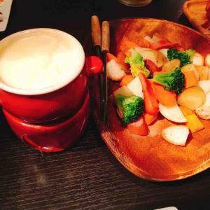 肉寿司&チーズフォンデュ含む25品が食べ放題!飲み放題付き2,000円代!~新宿 ウォルトンズ