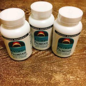 ビタミンCは水に溶けやすいというので脂溶性ビタミンCサプリを買ってます
